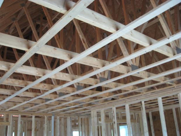 Strapping, spaced 16 inches on center above the master bedroom.