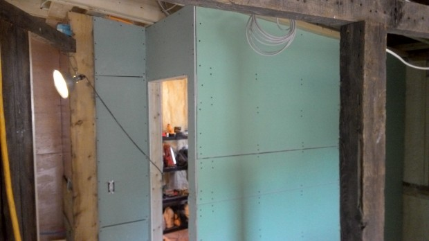 Drywall progress: the new guest bedroom.