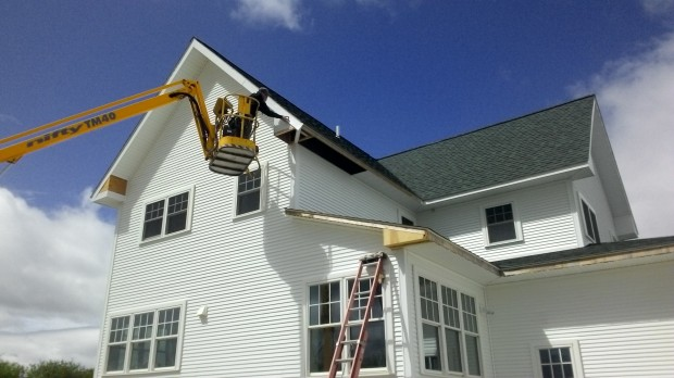 Terry installs aluminum trim - the lift's last hurrah.