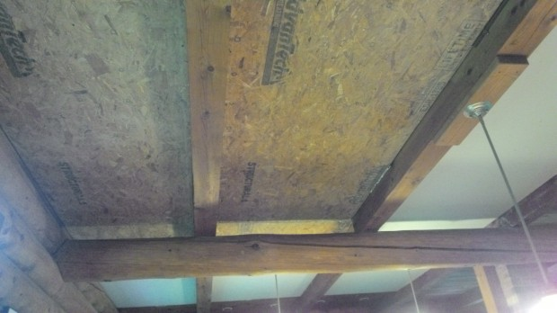 Advantech spans over the central beam.